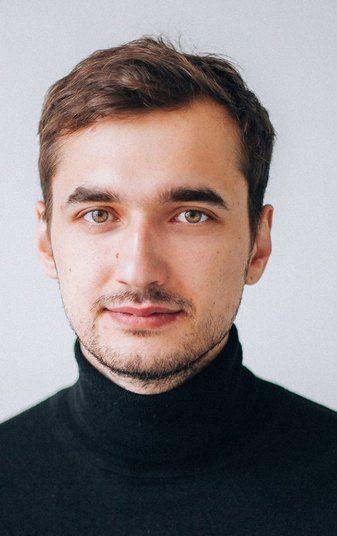 Артем Елмуратов