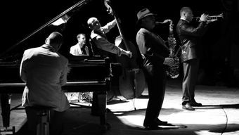 «История джаза в 10 джазовых стандартах» в особняке на Волхонке