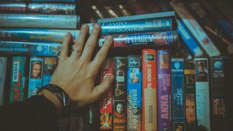 Жанры в кино: как смотреть триллеры, драмы и комедии