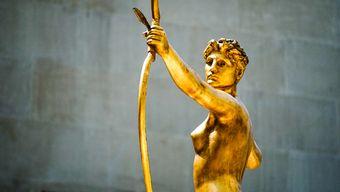 Джанни Версаче: золото, китч, сексуальность